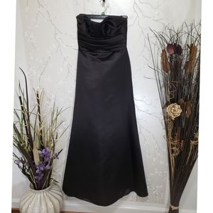 Watters and Watters Formal Full Length Dress